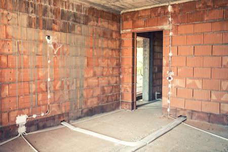 Fantastisch Wie Man Elektrische Leitungen In Einem Haus Installiert ...