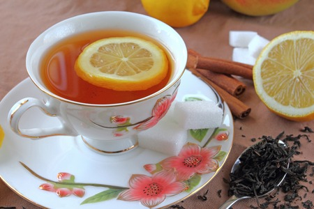 stimulated: Hot tea cup with lemon