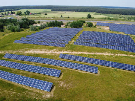 Blue solar panels. background of photovoltaic modules for renewable energy. Aerial view of Solar panels Photovoltaic systems industrial landscape Standard-Bild