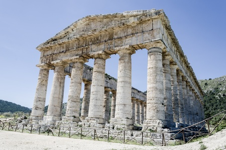 Doric temple in Segesta, Italy photo