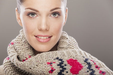 Young woman in winter clothes Stock Photo - 17130891