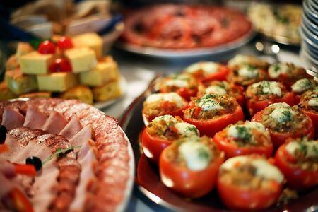 buffet food: Alimento