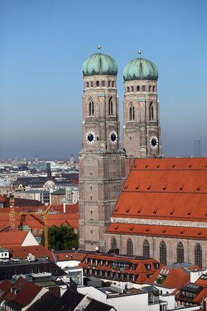 frauenkirche: Frauenkirche in M�nchen, Deutschland Lizenzfreie Bilder
