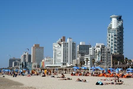 tel: Tel Aviv beach