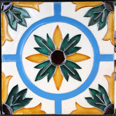 Detail of the traditional tiles  azulejos  from facade of old house in Porto, Portugal Banco de Imagens