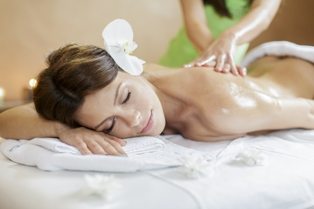 relaxando: Massagem