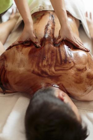 Massaggio al cioccolato caldo