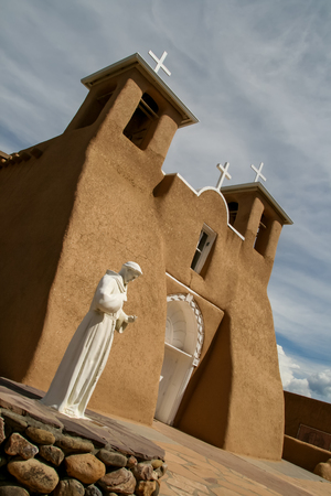 adobe pueblo: San Francisco de Asis Mission Church in New Mexico