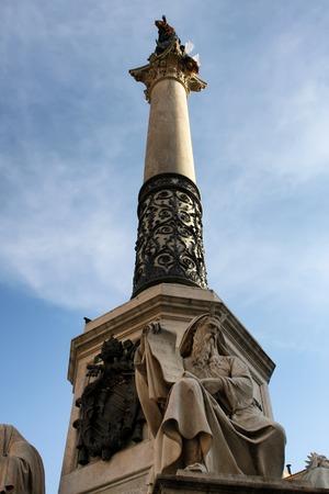 historian: Monumento all Immacolata in Rome