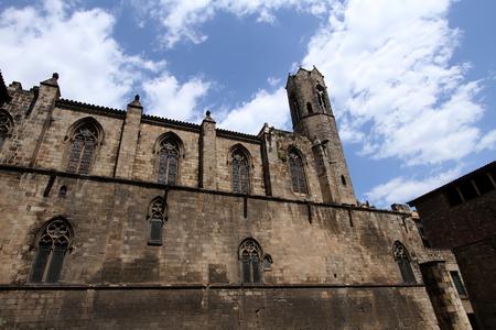 gotico: Catedral de Santa Eulalia (La Seu) en el Barrio Gótico de Barcelona Foto de archivo
