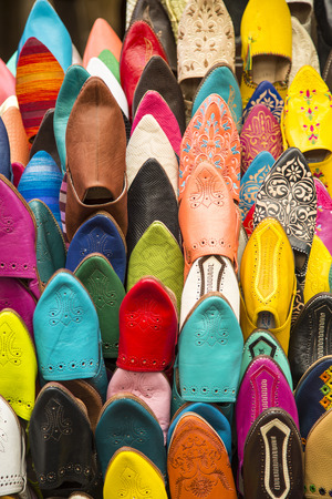 fez: Colorful babiuches at souk in Fez, Morocco