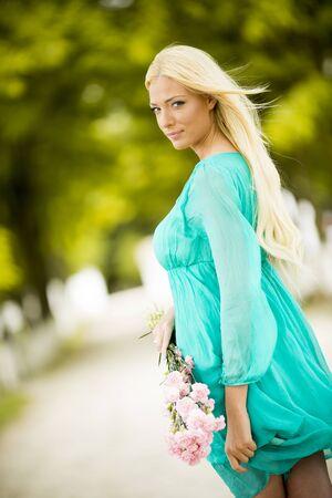 vrouw blond: