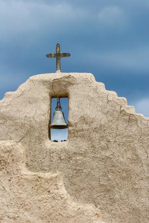 lorenzo: San Lorenzo de Picuris church in New Mexico