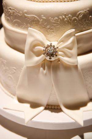wedding food: View at the white wedding cake Stock Photo