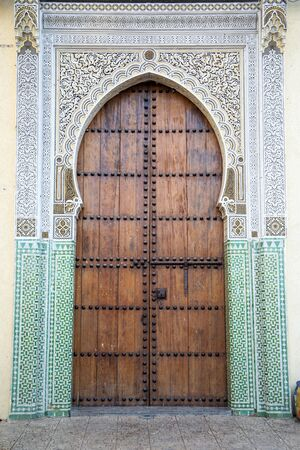 fez: Entrance on the building in Fez, Morocco