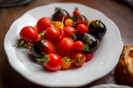 plate: Tomatos on the plate