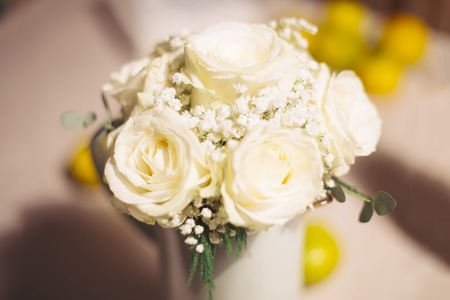 rosas blancas: Wedding bouquet