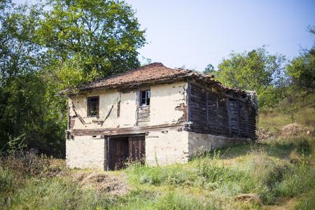 demolish: Old house