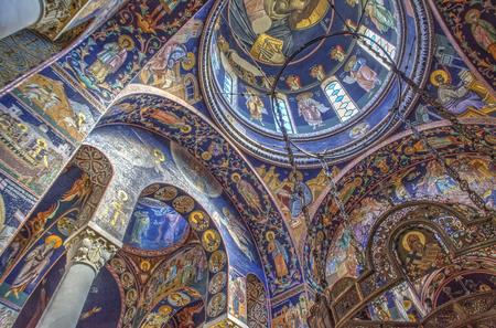 세르비아의 오 프리 낵 (Oplenac) 성 조지 교회