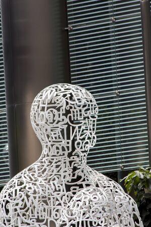 plensa: SINGAPORE - AUGUST 6, 2014: Sculpture Singapore Soul in Singapore. It was designed by Jaume Plensa at 2011.