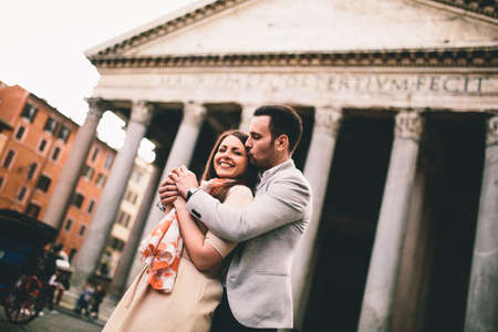 pantheon: Loving couple in front of the Pantheon in Rome Stock Photo