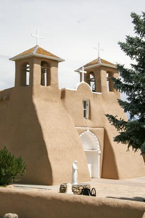 ニュー メキシコ州のサンフランシスコ デ アシス ミッション教会