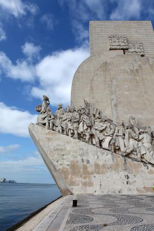 descubridor: Padrao dos Descobrimentos, Lisboa Foto de archivo