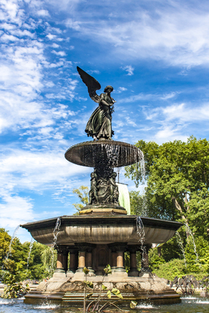 bethesda: Bethesda Fountain in Central Park in New York City