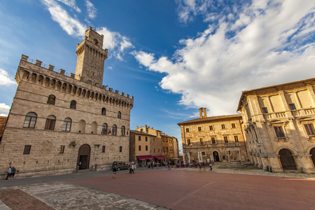 montepulciano: MONTEPULCIANO, ITALY - SEPTEMBER 19, 2016: Unidentified people at Piazza Grance in Montepulciano, Italy. Montepulciano is a medieval and Renaissance hill town province of Siena in southern Tuscany. Editorial