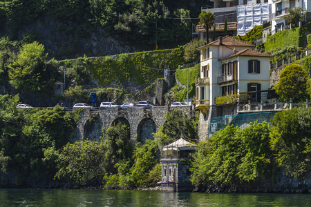 アルジェーニョ コモ湖イタリアの小さな町を表示します。