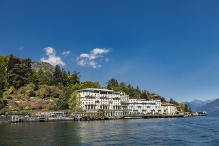 A view of Cadenabbia, Lake Como, Lombardy, Italy, from the ferry service. Stok Fotoğraf - 78856176