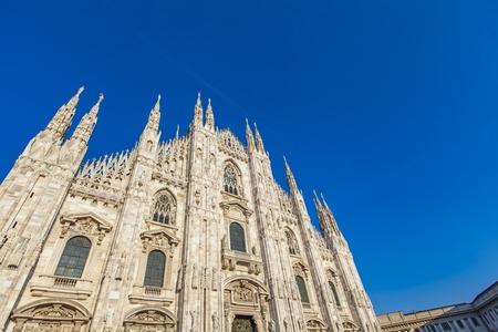 イタリア、ミラノのドゥオーモ大聖堂ビュー