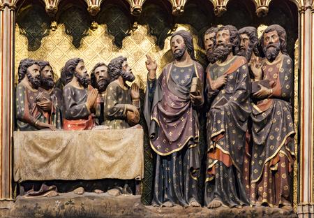 Verschijning voor de apostelen in hemelvaart vanaf de kathedraal Notre Dame de Paris, Frankrijk