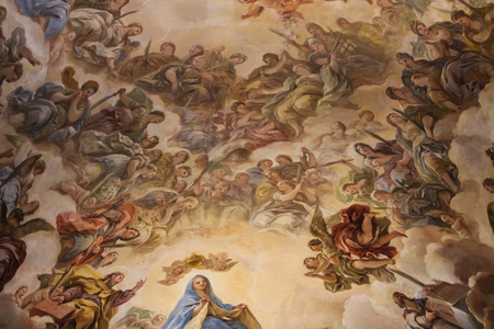 トレド, スペイン - 2016 年 3 月 15 日: トレド大聖堂の内部。それはスペインで 13 世紀のゴシック様式の最も重要な建物の 1 つ多くの人々 と見なされ 報道画像