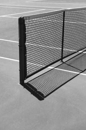 테니스 코트에서 자세히보기를 닫습니다.