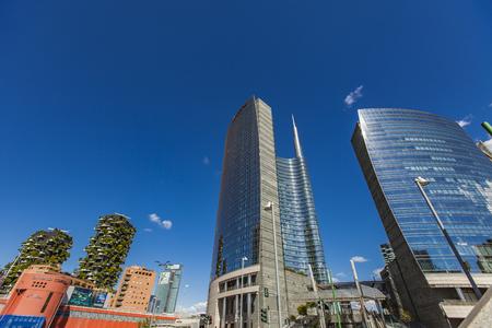 イタリア、ミラノ、ポルタ ・ ヌオーヴァにミラノ, イタリア - 2017 年 4 月 28 日: モダンな高層ビル。ポルタ ・ ヌオーヴァ、ミラノの主要なビジネス