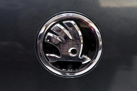베오그라드, 세르비아 -3 월 28 일, 2017 : 베오그라드, 세르비아에서 Skoda 자동차의 세부 사항. 1895 년에 설립 된 체코의 자동차 제조업체입니다. 에디토리얼