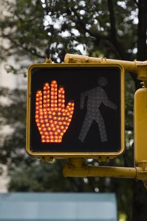 Dettaglio delle semafori maestose nella città di New York Archivio Fotografico - 89121615
