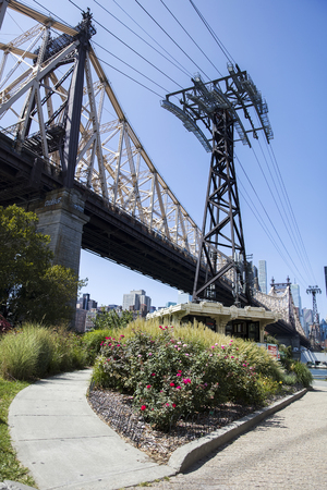 tramway: NEW YORK, USA - AUGUST 30, 2017: Detail of Roosevelt Island Tramway in New York. It  is the first commuter aerial tramway in North America, opened in 1976 Editorial