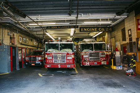 NEW YORK, USA - AUGUST 30, 2017: Fire engines of New York Fire Department. Department was founded aqt 1865 and it is second largest in the world. Redactioneel