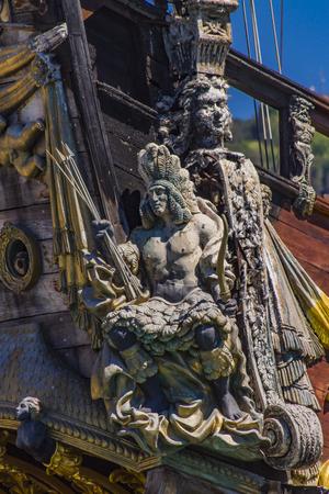 제노바, 이탈리아 -2007 년 4 월 29 일 : Galleon Neptun 제노바, 이탈리아에서 포르토 antico에. 그것은 로마 Polanski의 영화 해적단을 위해 1985 년에 지어진 17 세 에디토리얼