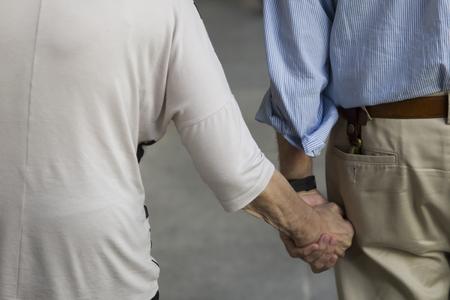 ブエノスアイレス、アルゼンチン - 2018年1月19日:アルゼンチン、ブエノスアイレスの路上で米国市民をインデント。ブエノスアイレスでは、60歳以上 報道画像
