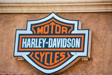 CABO SAN LUCAS, MEXICO - AUGUST 8, 2014: Detail of Harley Davidson store in Cabo San Lucas, Mexico. It  is an American motorcycle manufacturer, founded in 1903 Редакционное