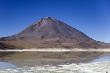View at Laguna Verde lake and Licancabur volcano in Reserva Nacional de Fauna Andina Eduardo Avaroa in Bolivia