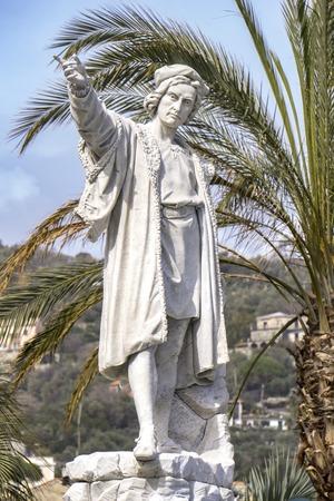 산타 마르게리타 리 구레, 이탈리아에서 크리스토퍼 콜럼버스 기념비에서 세부 사항 스톡 콘텐츠