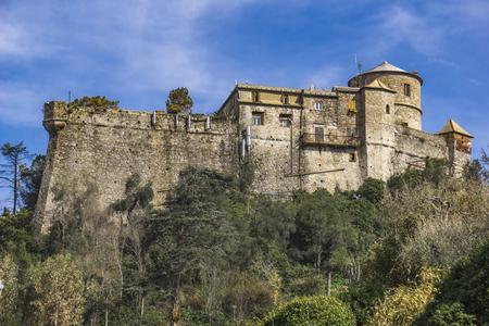 Portofino, 이탈리아의 Castello Brown에서보기