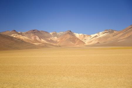 ボリビアのエドゥアルド・アヴァロア・アンデアン動物保護区のダリ砂漠 写真素材