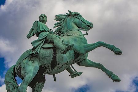 View at city founder Bishop Absalon statue in Copenhagen, Denmark Imagens