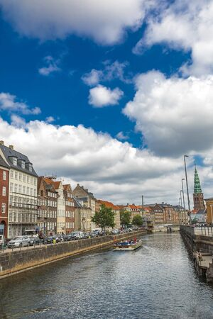 COPENHAGEN, DENMARK - JUNE 13, 2018: View at canal in Copenhagen, Denmark. Copenhagen is the capital and most populous city of Denmark. Éditoriale