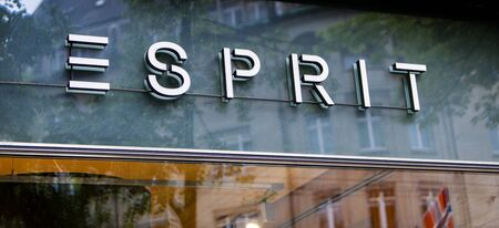 ZURICH, SWITZERLAND - MAY 17, 2018: Detail of Esprit store in Zurich, Switzerland. Esprit is an clothing manufacturer from Hong Kong founded at 1968. Редакционное